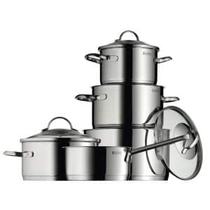 Set aus Kochtöpfen